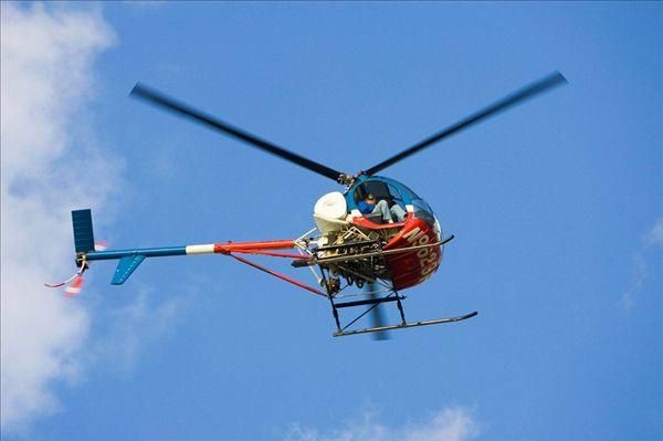 直升飞机图片_全景网